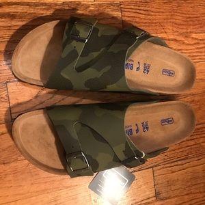 Never worn Birkenstocks (Soft Footbed)